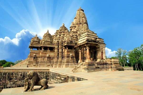 Why made erotic sculptures at Khajuraho temple? , Khajuraho ke mandiron mein kyon banai gai ngn murtiyan,