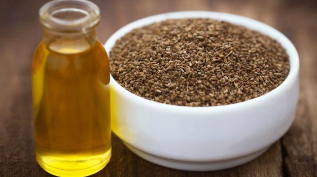 Ajwain Seeds Water, Carom Water, Helath Benefits, Hindi, Fayde,