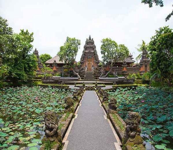 Pura Taman Saraswati Temple, Bali, Hindi, Information, Jankari, Story. Kahani, History, Itihas,
