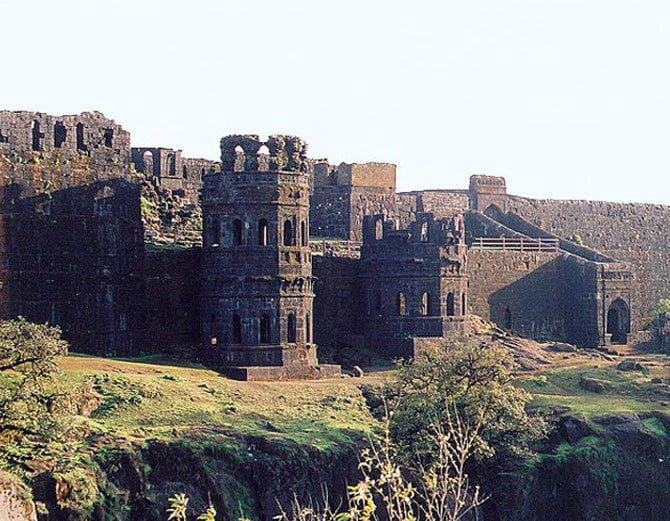 Raigad Fort, Hindi, History, Story, Kahani, Information
