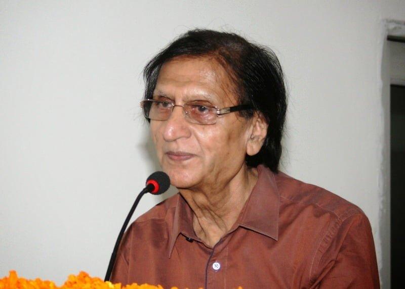 Zara Sa Katra Kahin Aaj Ubharta Hai