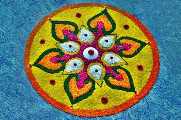 Diwali Rangoli Designs With Leaf