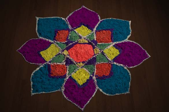 Diwali Rangoli Designs With Leaf