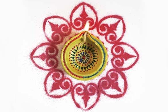 Diwali Rangoli Patterns With Leaf